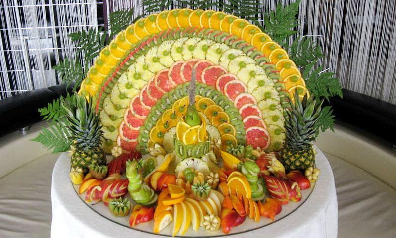 elite-catering_фруктовый павлин_0
